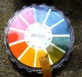 pH-Indikatorpapier 1-14 universal  mit Farbtabelle